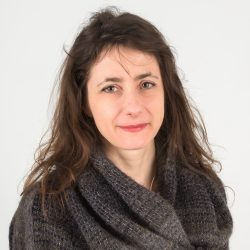 Valerie Sizaire Restauratrice Papier